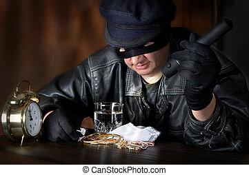 Big Loot - Burglar finding a big loot of diamonds and ...