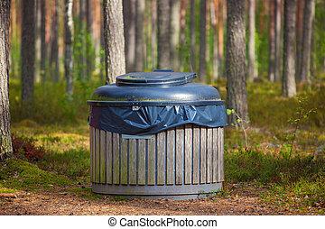 Big refuse bin