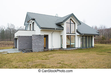 Big residence - Big modern residence with empty garden