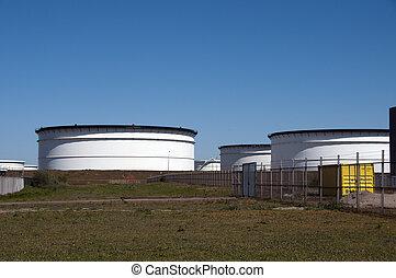 big tank in europoort harbour