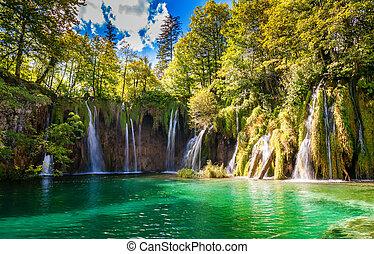 big waterfalls in Plitvice