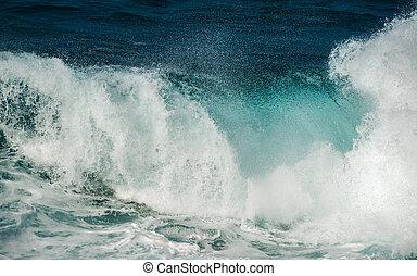 big waves big island hawaii