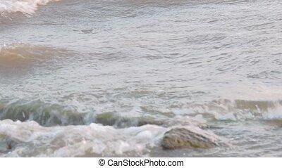 Big waves on the lake