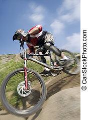 Big wheel - Downhill mountain bike race