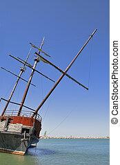 Big Wreck, abandoned galleon.