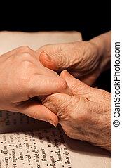 bijbel, oud, jonge, handen