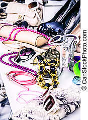 bijouterie - Shop of fashion accessories and footwear.