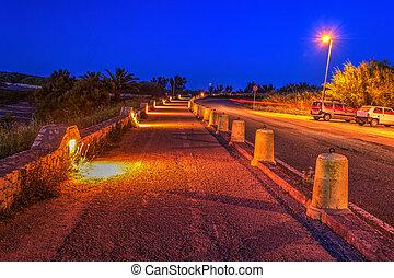 Bike lane by night