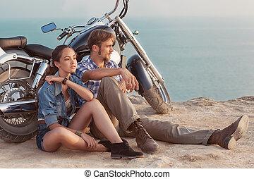 biker, se sienta, niña, hombre