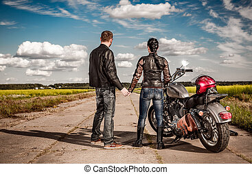 Bikers couple
