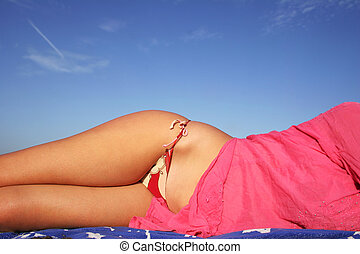 Bikini Beach Form - Woamn in bikini on the beach