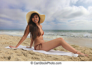 bikini, donna, spiaggia, seduta