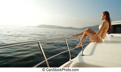 bikini, piękno, na, luksus, jacht