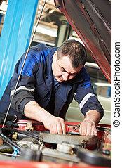 bil mekaniker, hos, bil motor, reparera, arbete