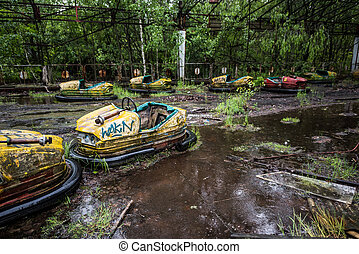bilar, pripyat, parkera, övergiven