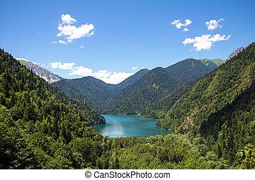 bild, von, see, in, berge, landschaftsbild