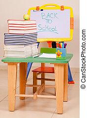 bilden bücher, apfel, buero, sketchboard