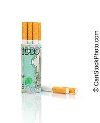 billetes de banco, cigarrillos, fondo blanco