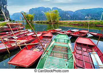 binh, vietnamese , river., vietnam , βάρκα , ninh