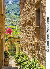 biniaraix, mallorca, village