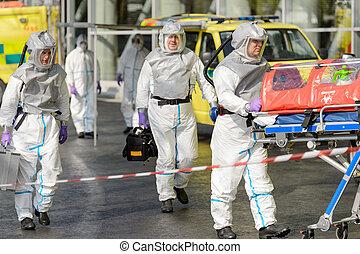 biohazard, camminare, barella, strada, squadra