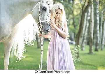 biondo, carino, donna, con, uno, cavallo