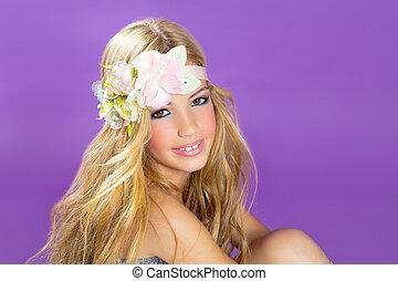 biondo, principessa, moda, ragazza, con, fiori primaverili