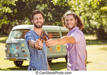 birre, hipster, tostare, amici