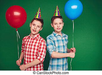 Birthday twins
