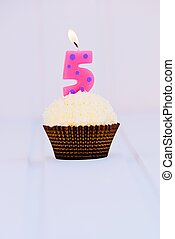 Birthday's cake for fifth birthday
