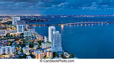 biscayne, vista, noche, aéreo, bahía