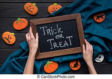 biscotti, chalboard, halloween, composizione