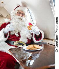 biscotti, mangiare, santa, jet, privato, vetro, mentre, presa a terra, latte