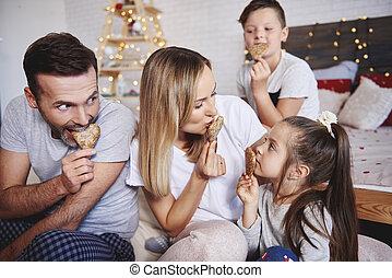 biscuits, manger, famille, lit, espiègle, pain épice