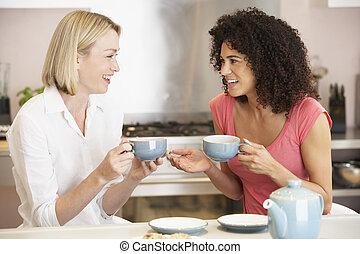 biscuits, thé, femme, maison, apprécier, amis