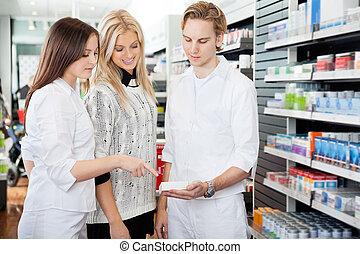 bistå, apoteker, kvindelig, shopper