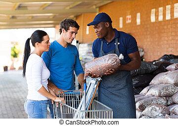 bistå, kunder, järnvaror, afrikansk, representant, lager