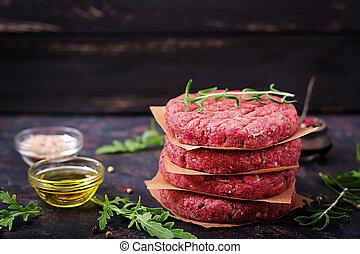 bistecca, casalingo, manzo, crudo, hamburger, sfondo nero, fresco, tritato, spezie
