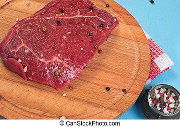 bistecca grezza, asse, manzo