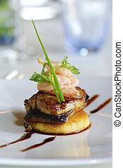 bistecca salmone, su, piatto, pietanza
