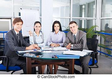 biurko, ludzie handlowe, biuro, posiedzenie
