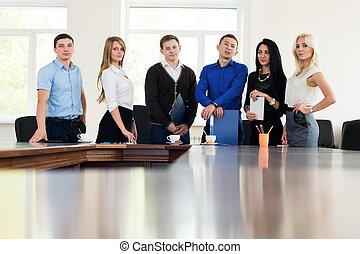 biuro, handlowy zaludniają, pomyślny, młody, studenci, drużyna