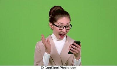 biuro, zwycięstwo, ekran, lottery., dyrektor, zielony, dziewczyna, szczęśliwy