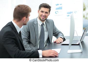 biurowe ludzie, praca, posiedzenie, handlowy, planowanie, pomyślny