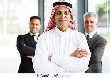 biznesmen, arabski, biurowy zaprzęg