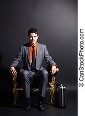 biznesmen, krzesło, posiedzenie