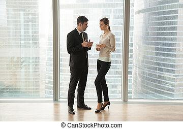 biznesmen, sekretarka, planowanie, dzień, harmonogram