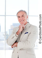 biznesmen, uśmiechanie się, starszy portret