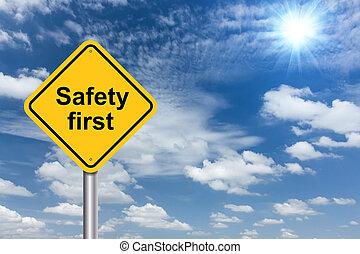 biztonság első, aláír, transzparens, és, elhomályosul, kék ég, háttér