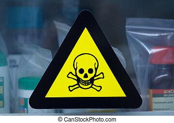 biztonság, warnings